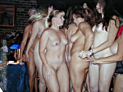 Bathing Nude Videos