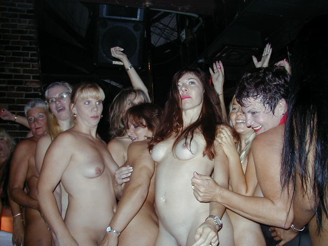 Dance xxx youtube topless