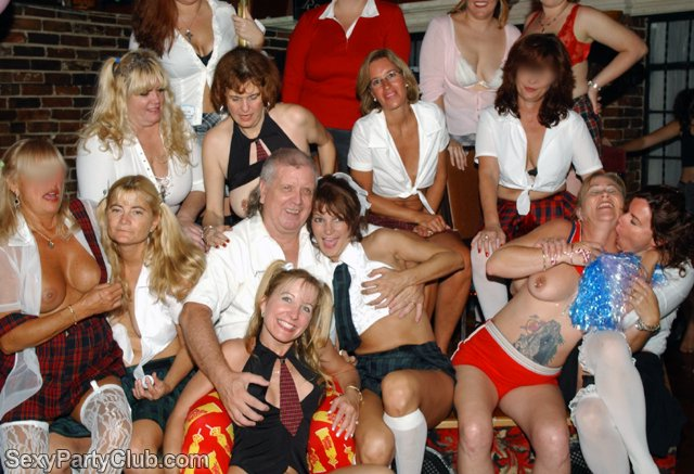 titty twister club sextreff schleswig holstein