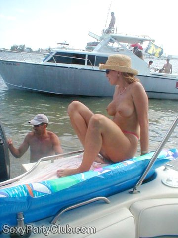 swingers on boat